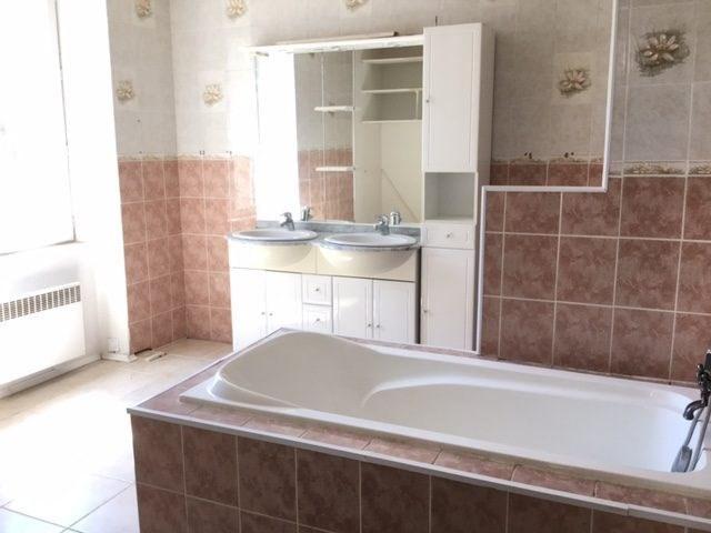 Sale house / villa Chavagnes-en-paillers 117900€ - Picture 5