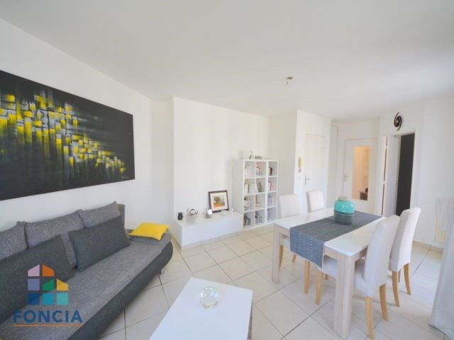 Sale apartment Suresnes 360000€ - Picture 3