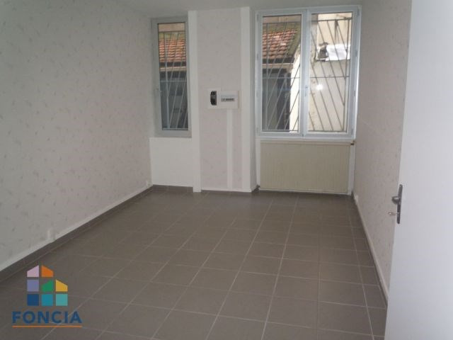 Location local commercial Saint-étienne 471€ CC - Photo 6