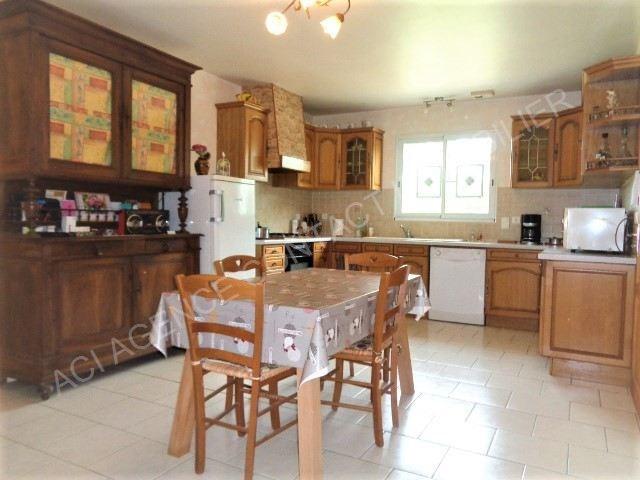 Sale house / villa Villeneuve de marsan 252000€ - Picture 3