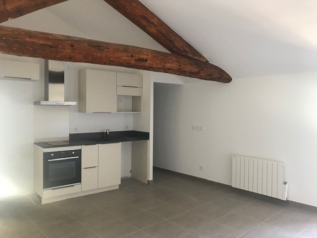 Location appartement Meyrargues 1120€ CC - Photo 2