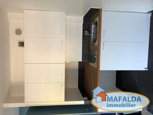 Sale apartment Cluses 58500€ - Picture 2