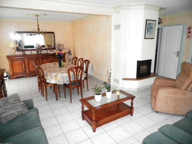 Sale house / villa Martigne ferchaud 189900€ - Picture 3