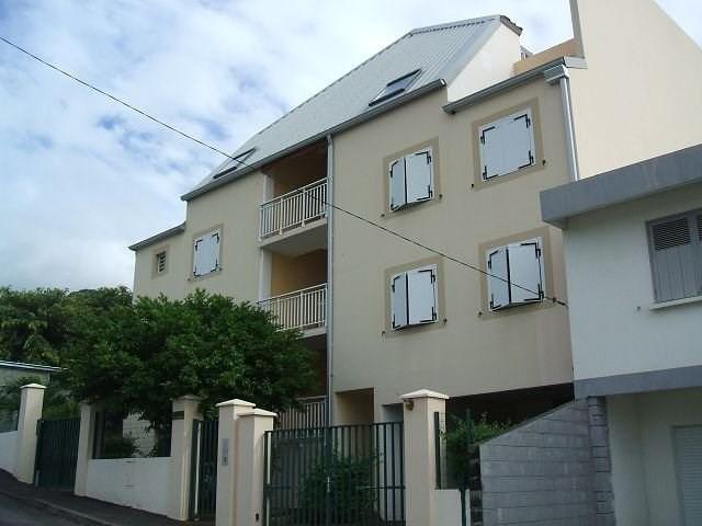 Sale apartment St denis 99000€ - Picture 1