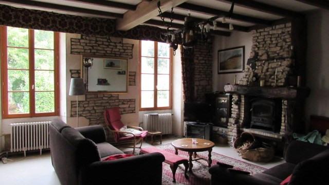 Sale house / villa Saint jean d'angely 233200€ - Picture 6