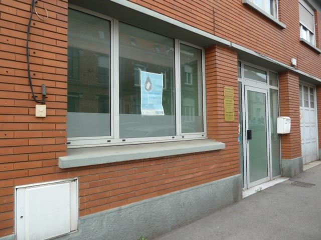 Location local commercial Bethune 650€ HT/HC - Photo 2