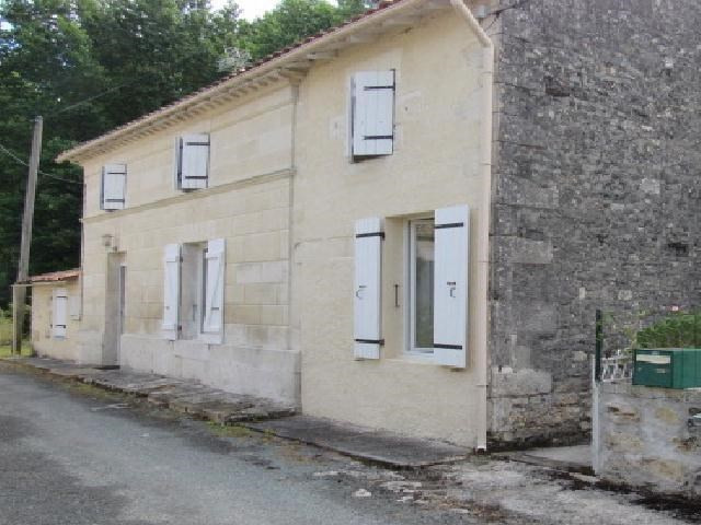 Vente maison / villa Saint-savinien 169600€ - Photo 1