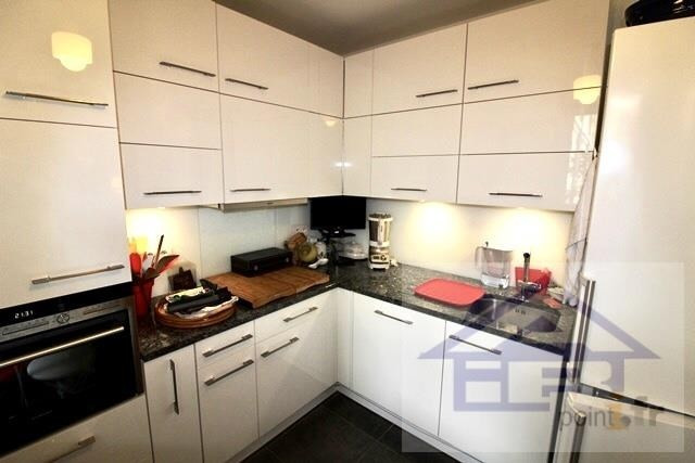 Sale apartment Mareil marly 650000€ - Picture 2