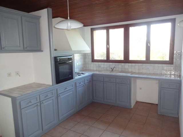 Rental apartment St cezert 540€ CC - Picture 3