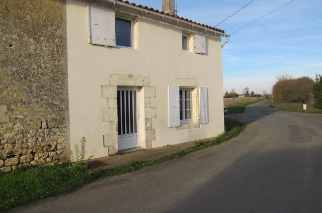 Vente maison / villa Lussant 80 250€ - Photo 1