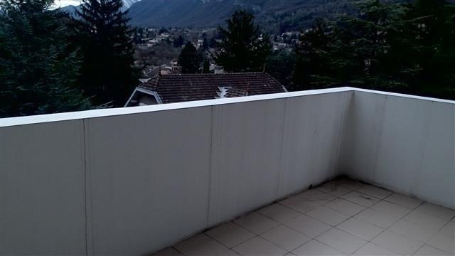 Location appartement Claix 950€ CC - Photo 5