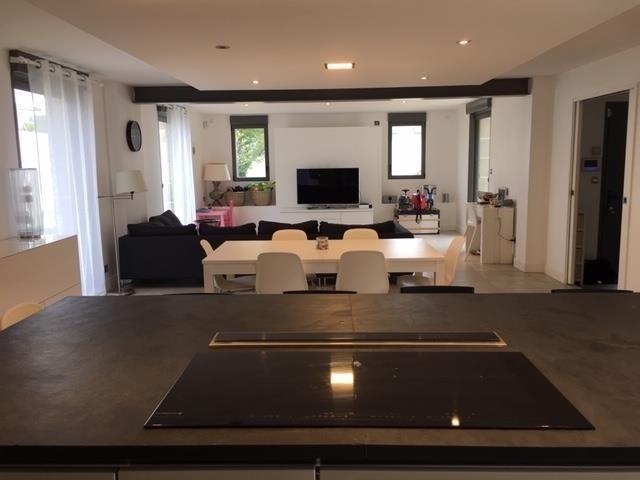 Sale house / villa Larmor-plage 488500€ - Picture 2