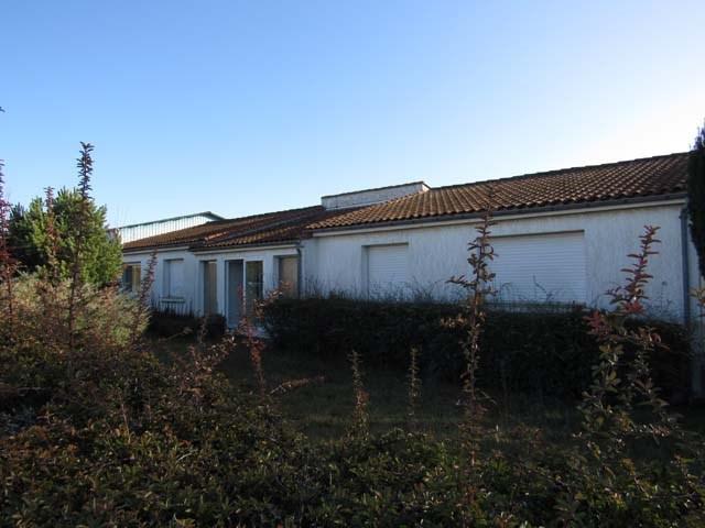 Vente maison / villa Saint-jean-d'angély 233200€ - Photo 2