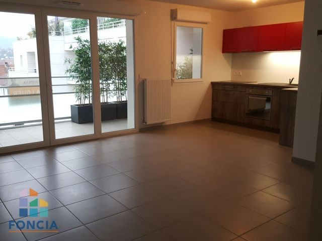 Location appartement Barberaz 862€ CC - Photo 1
