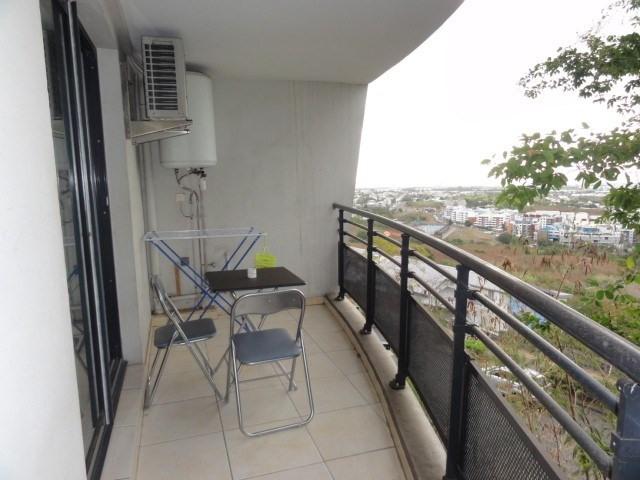 Location appartement La possession 720€ CC - Photo 12
