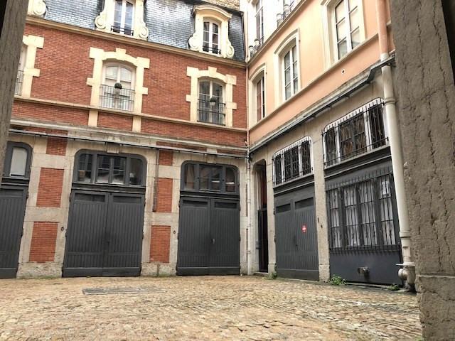 T3 quai tilsitt - quartier ainay