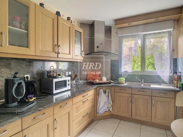 Sale house / villa Guntzviller 211000€ - Picture 5