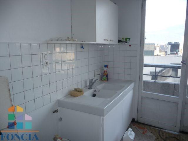 Locação apartamento Chambéry 600€ CC - Fotografia 5