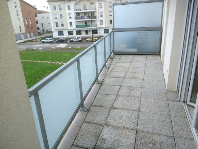 Meyzieu 3 pièces 61,85 m²