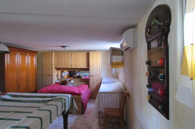 Sale house / villa Trizay 263 750€ - Picture 9
