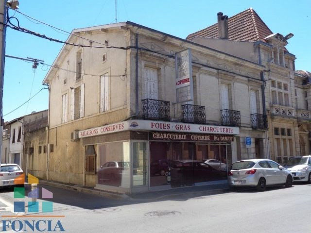 Immeuble de 270 m² à restaurer