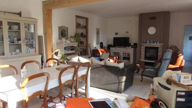 Sale house / villa Saint-jean-d'angély 222600€ - Picture 4