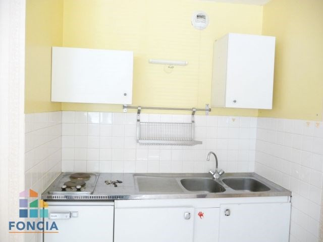 Location appartement Jacob-bellecombette 402€ CC - Photo 1