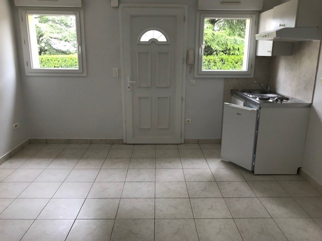 Location appartement Sebazac 258€ CC - Photo 4