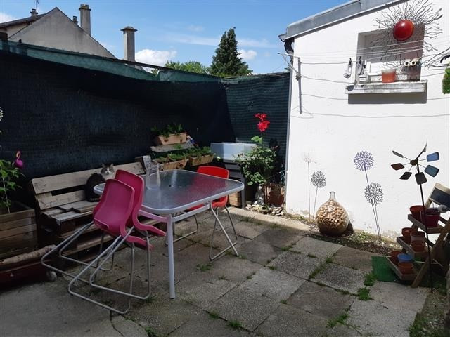 Sale house / villa Chateau thierry 103000€ - Picture 2