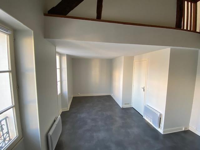 Location appartement Fontainebleau 770€ CC - Photo 2