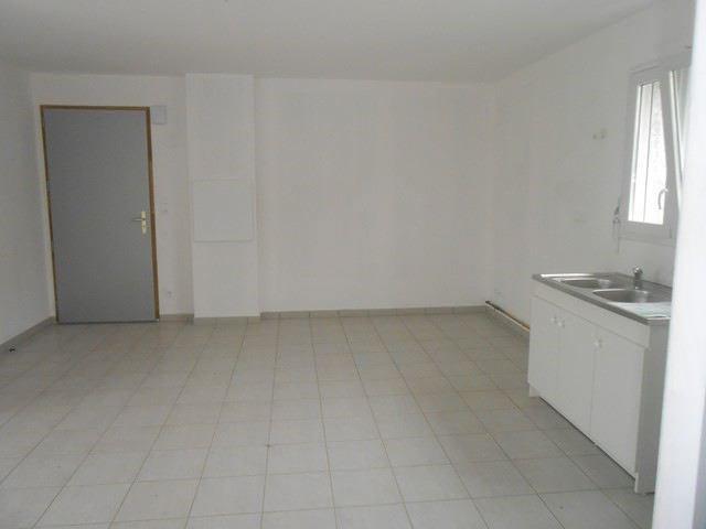 Verhuren  appartement Roche-la-moliere 572€ CC - Foto 5