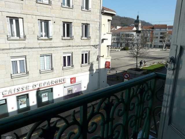 Vente appartement Chambon-feugerolles (le) 34000€ - Photo 2