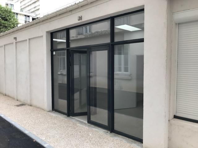 Location local commercial Boulogne billancourt 2700€ HT/HC - Photo 3