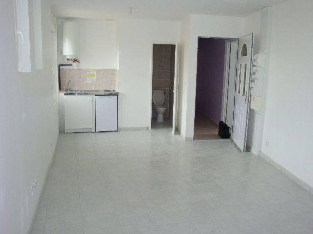 Location appartement Vénissieux 530€ CC - Photo 1