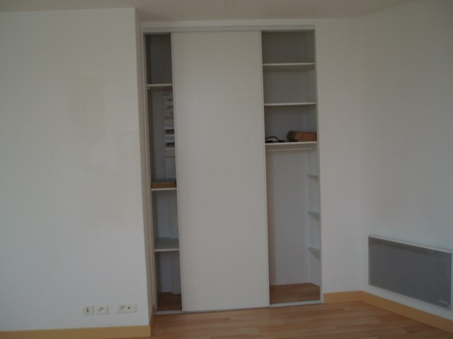 Rental apartment Pontivy 326€ CC - Picture 3