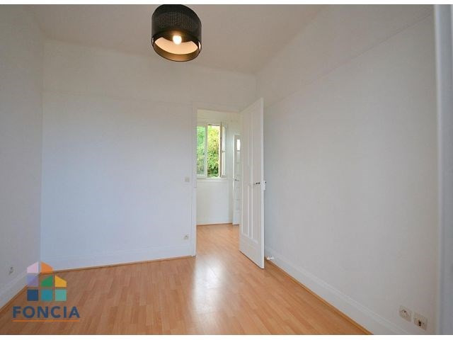 Location maison / villa Suresnes 2 500€ CC - Photo 11