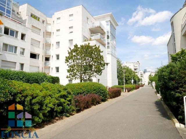 Rental apartment Suresnes 2 333€ CC - Picture 17