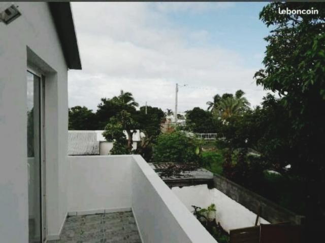 Location appartement St pierre 450€ CC - Photo 3