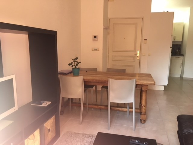 Rental apartment Aix en provence 790€ CC - Picture 2