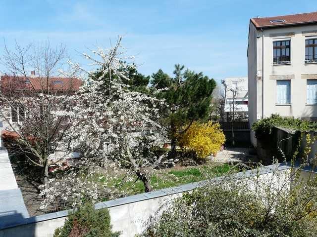Revenda apartamento Saint-genest-lerpt 186000€ - Fotografia 5