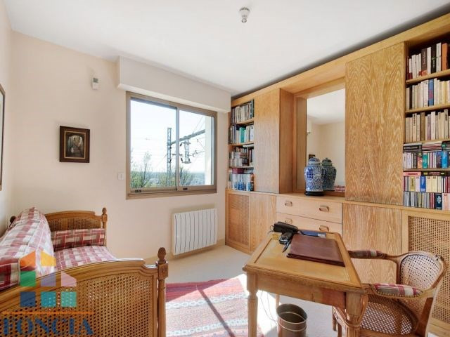 Sale apartment Suresnes 695 000€ - Picture 8