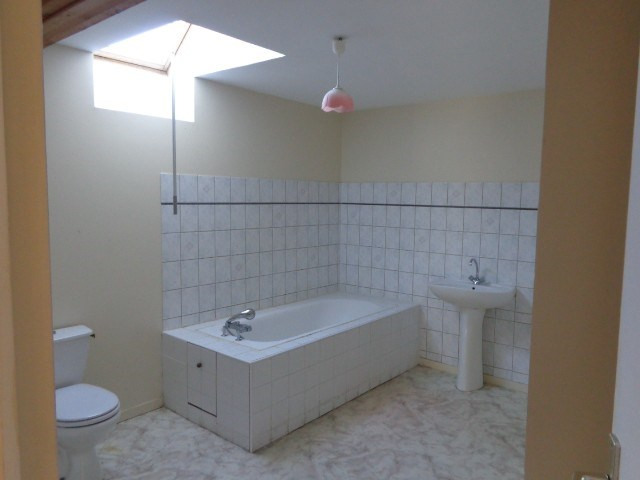 Location maison / villa Liesville sur douve 537€ CC - Photo 10