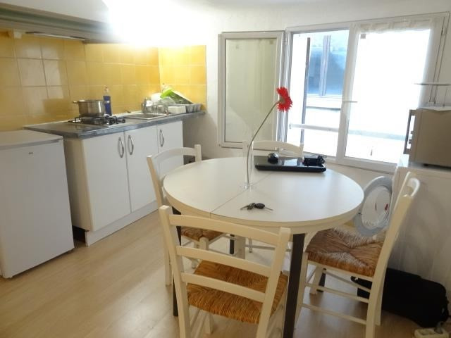 Sale apartment Trets 74000€ - Picture 2