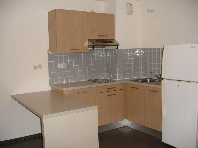 Location appartement Ste clotilde 562€ CC - Photo 4