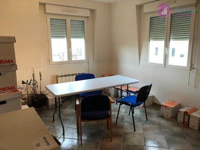Sale office Noiseau 122000€ - Picture 1