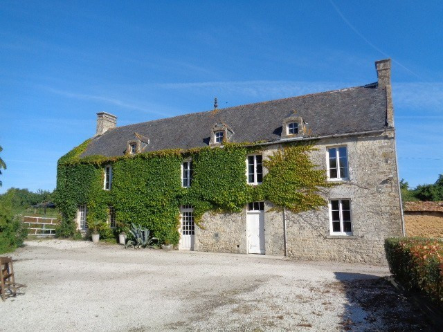 Vente maison / villa Ste mere eglise 171000€ - Photo 1