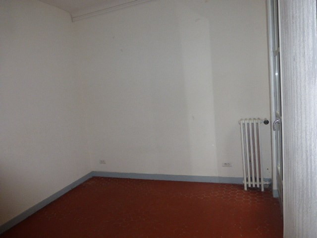 Location appartement Aix en provence 1 253€ CC - Photo 2