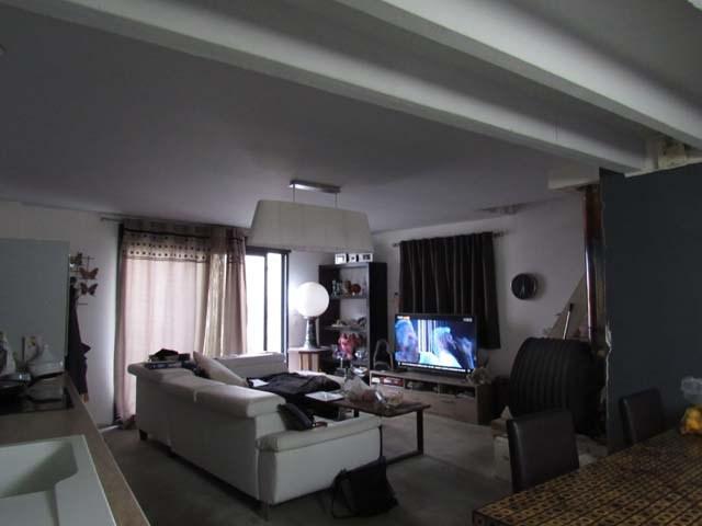 Sale house / villa Saint jean d'angely 96000€ - Picture 2