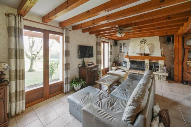 Sale house / villa Biscarrosse 399000€ - Picture 3