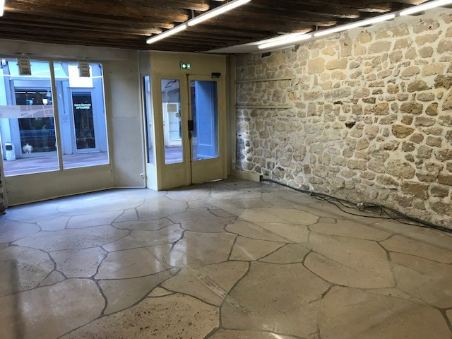 Rental empty room/storage Saint germain en laye 12100€ CC - Picture 3